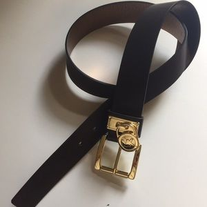 NWT Michael Kors brown synthetic leather belt sz M